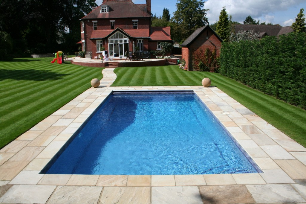 How To Remove Air From A Swimming Pool System